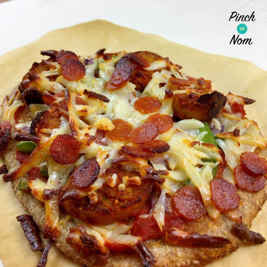 Chicken Tandoori Pizza | Slimming World & Weight Watchers Friendly