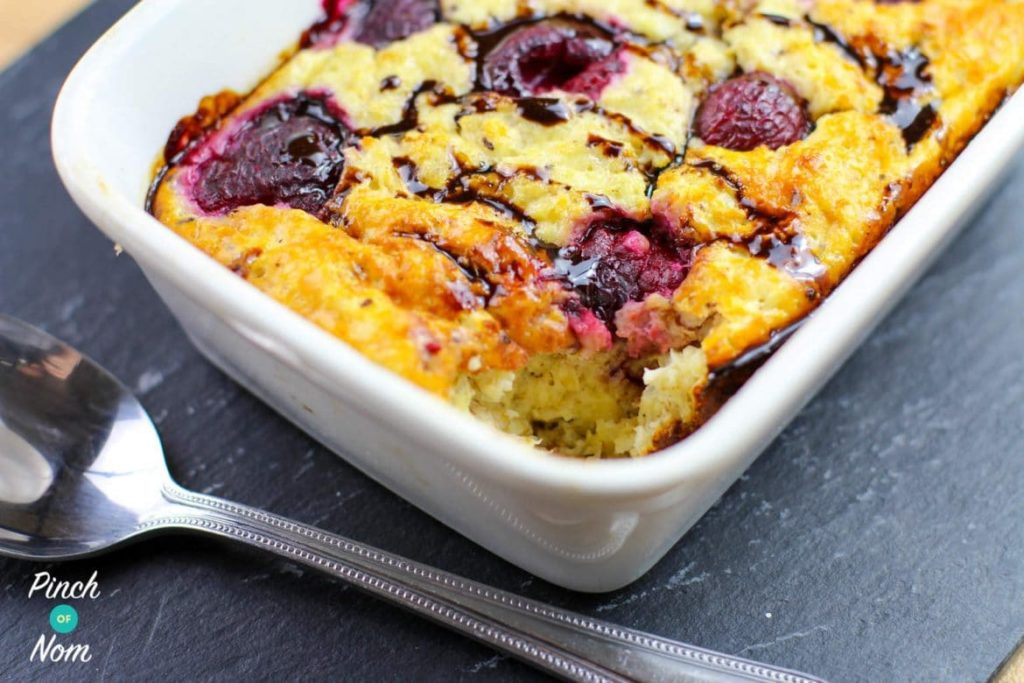 Turkish Delight Baked Oats | Slimming & Weight Watchers Friendly