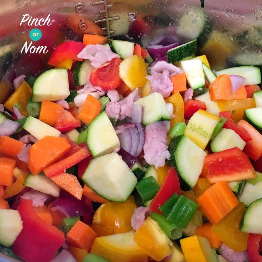Chunky Tomato Cajun Soup | Slimming & Weight Watchers Friendly