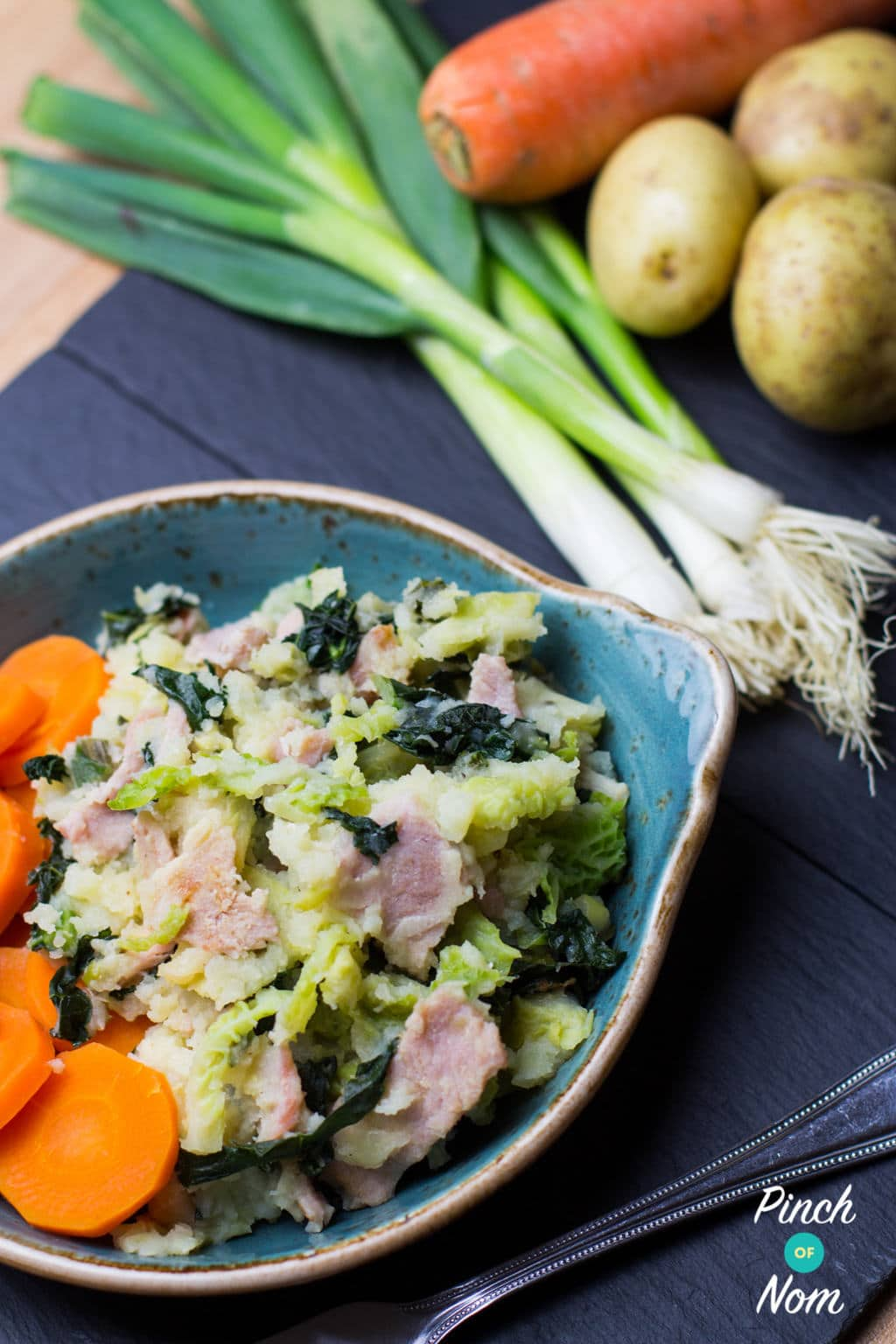 Bacon, Spring Onion and Kale Hash | S;limming World