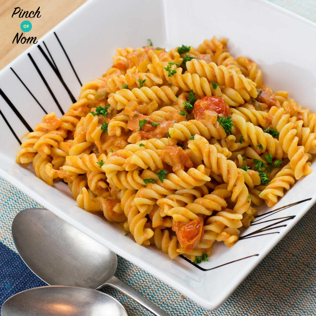 Creamy Tomato Vodka Pasta | Slimming World & Weight Watchers Friendly
