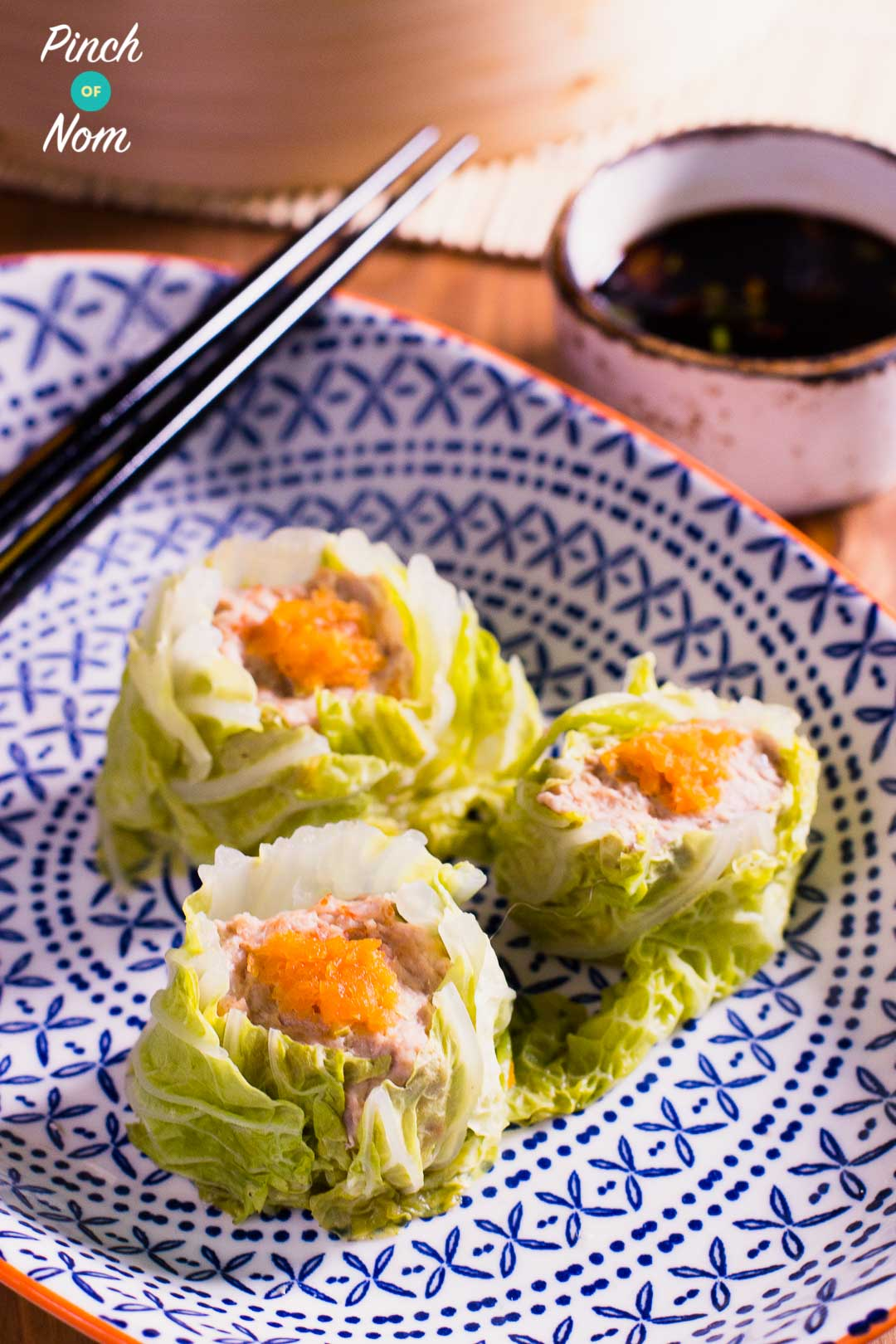 Syn Free Pork & Prawn Sui Mai | Syn Free Slimming World | 0.5 Weight Watchers Smart Points | 32Kcal each | pinchofnom.com