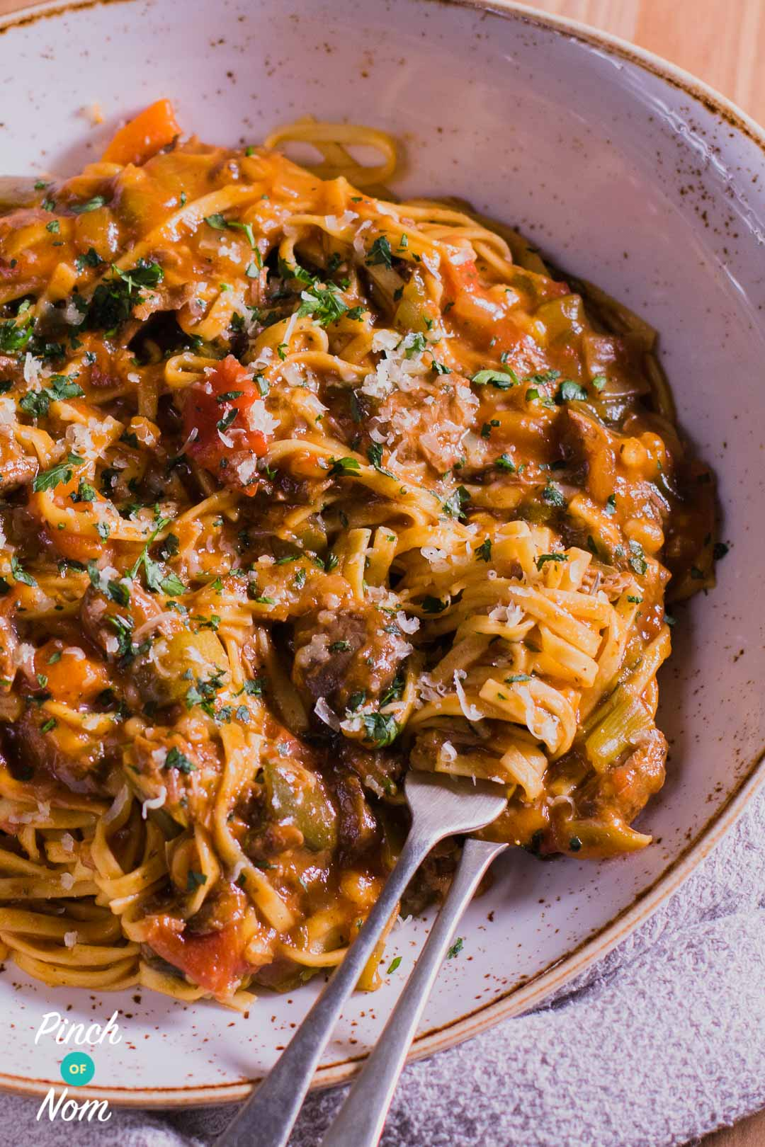 Top Slimming World Dinner Recipes - Syn Free Beef Ragu Fettuccine