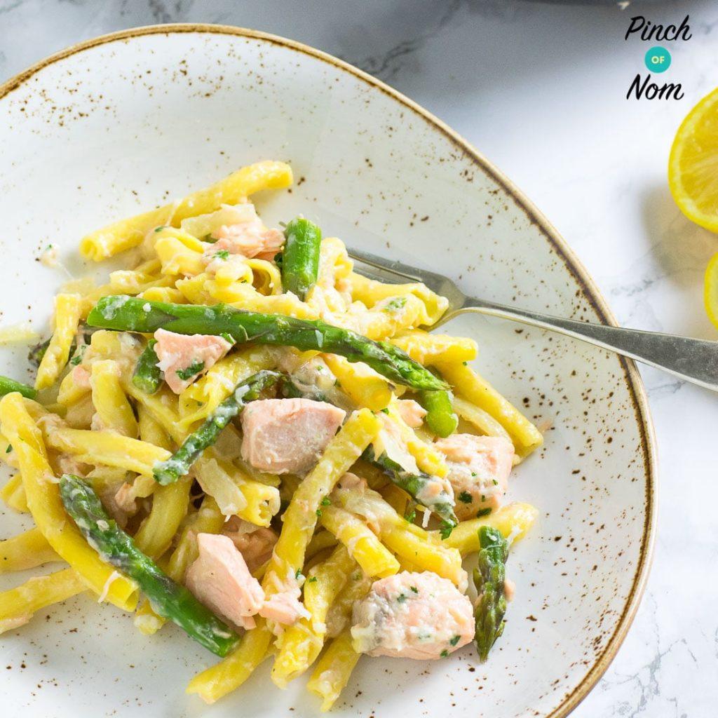 Creamy Salmon and Asparagus Pasta pinchofnom.com