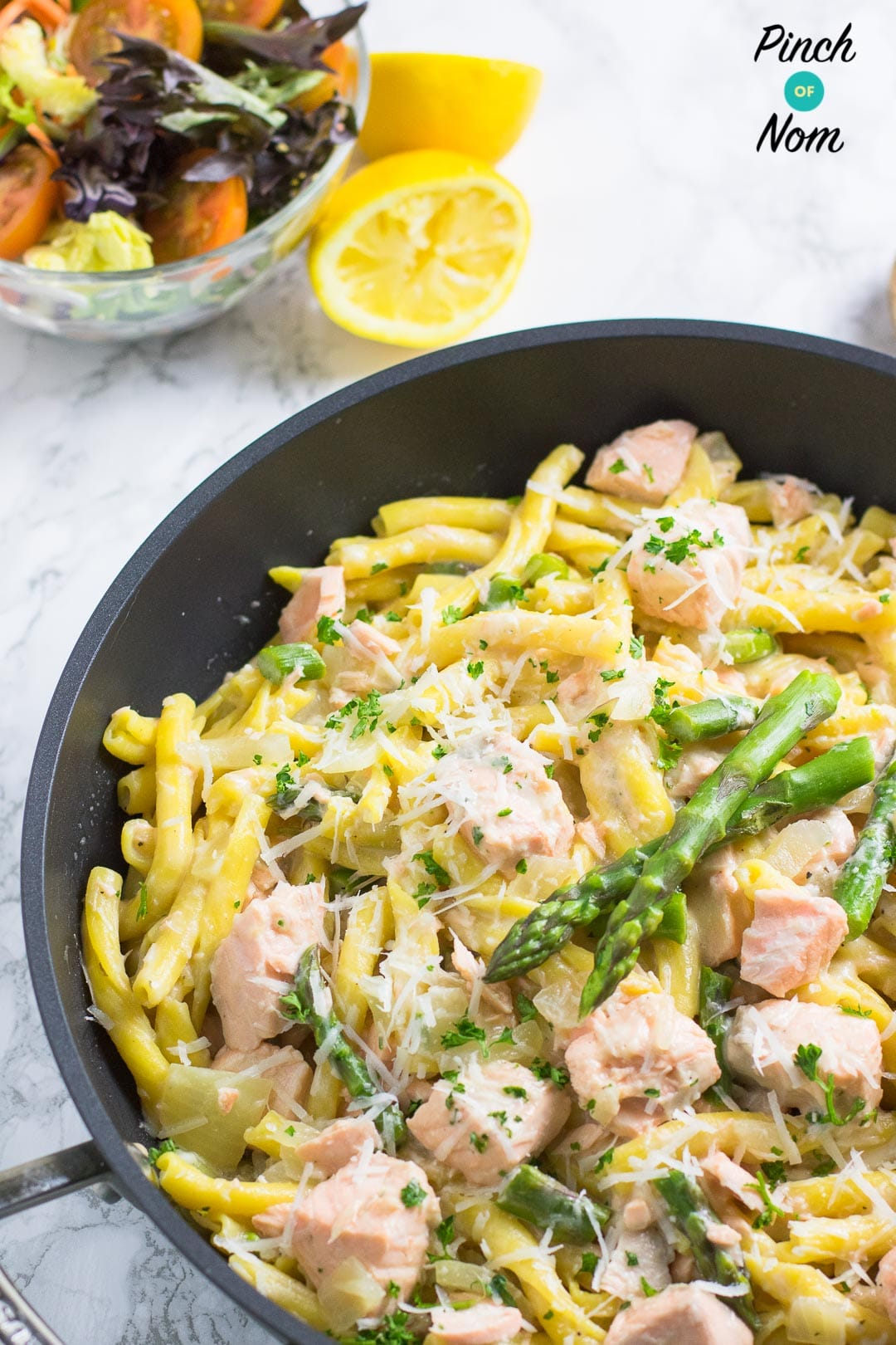 Creamy Salmon and Asparagus Pasta | Slimming & Weight Watchers Friendly