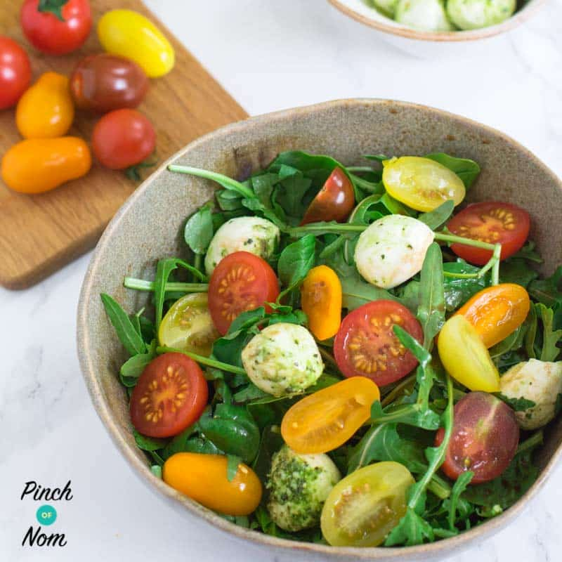 Syn Free Tomato, Basil and Mozzarella Salad | Slimming World-1