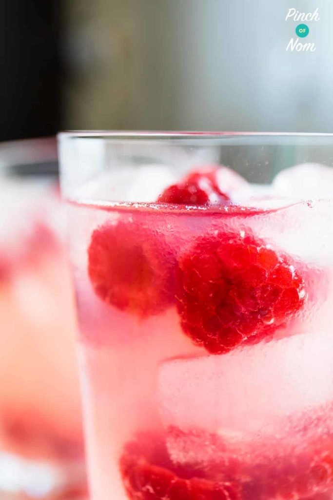 4 Syn Raspberry Vodka Fizz | Slimming World-14