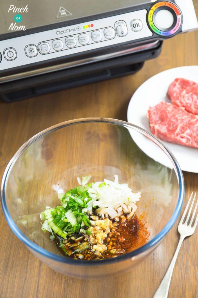Mix ingredients - Syn Free Korean BBQ Beef (Bulgogi) | Slimming World