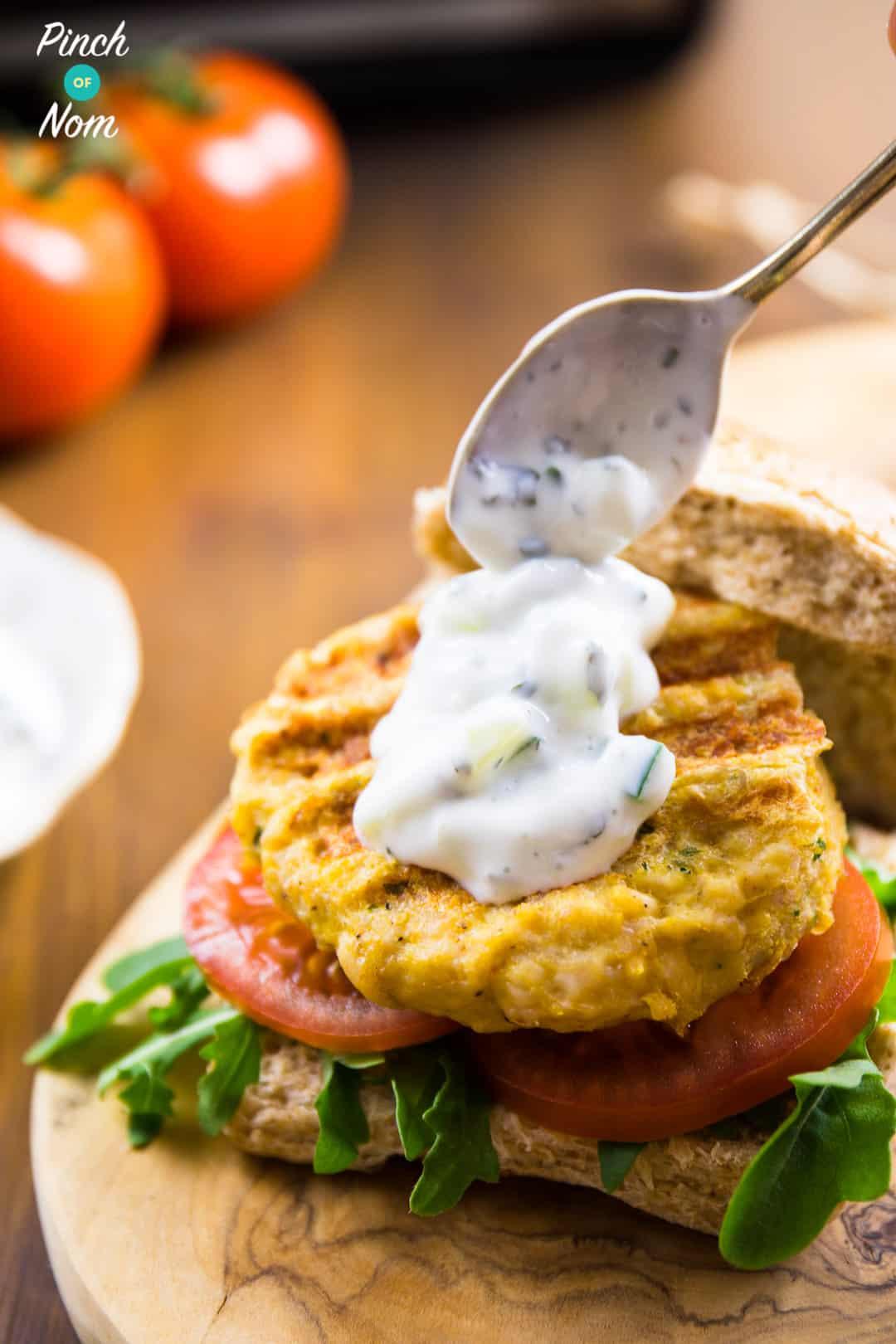 Raita on Burger - Syn Free Tikka Turkey Burgers | Slimming World