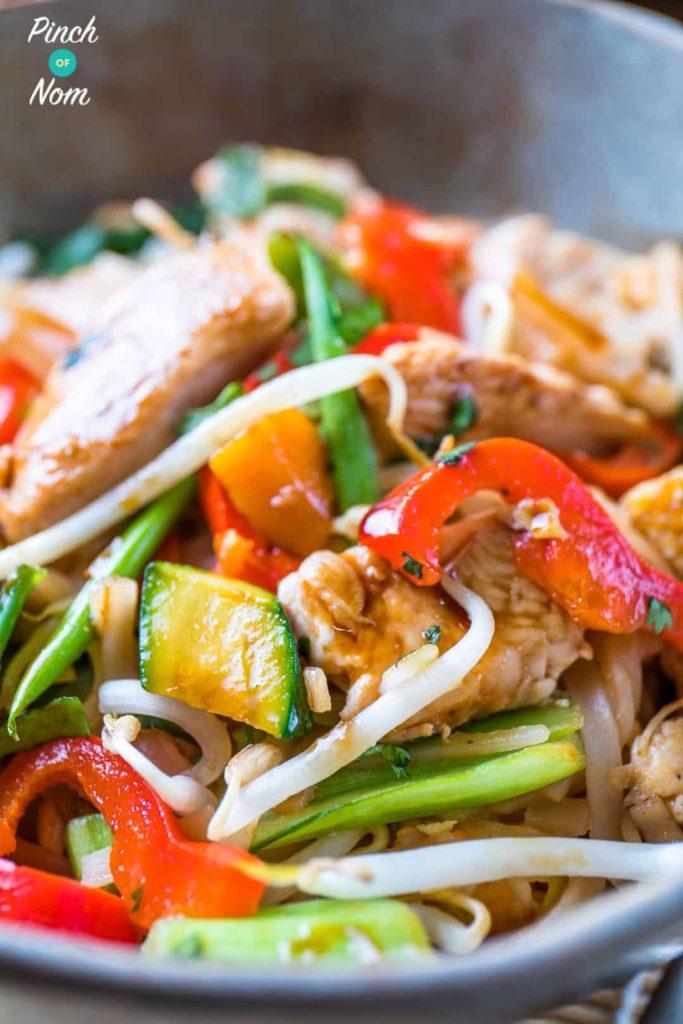 Half Syn Chicken Pad Thai | Slimming World