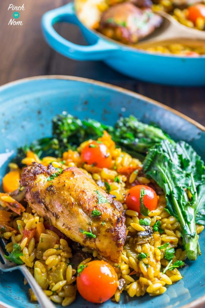 One Pot Mediterranean Chicken Orzo | Slimming & Weight Watchers Friendly