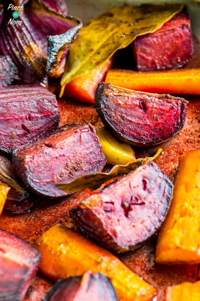 Roasted Garlic and Beetroot Soup | Slimming & Weight Watchers Friendly