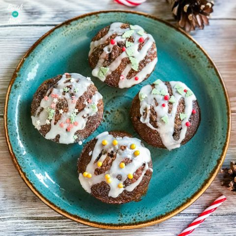 Low Syn Christmas Cakes | Slimming World-5