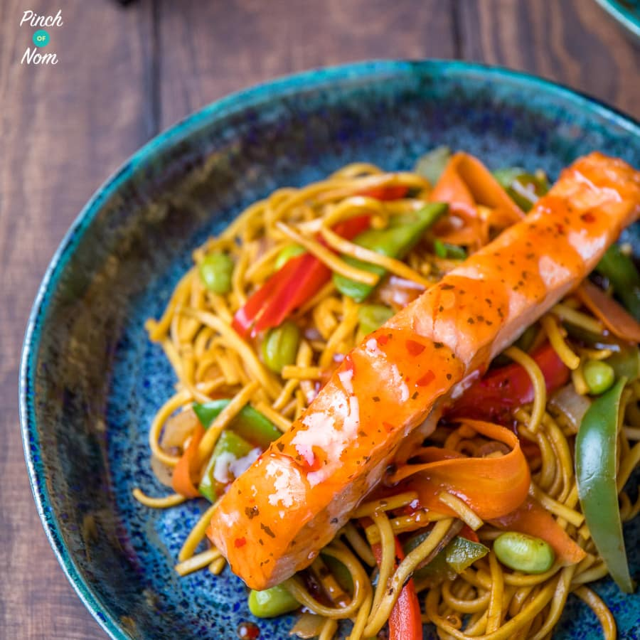 Ginger, Chilli and Lime Salmon with Noodles pinchofnom.com