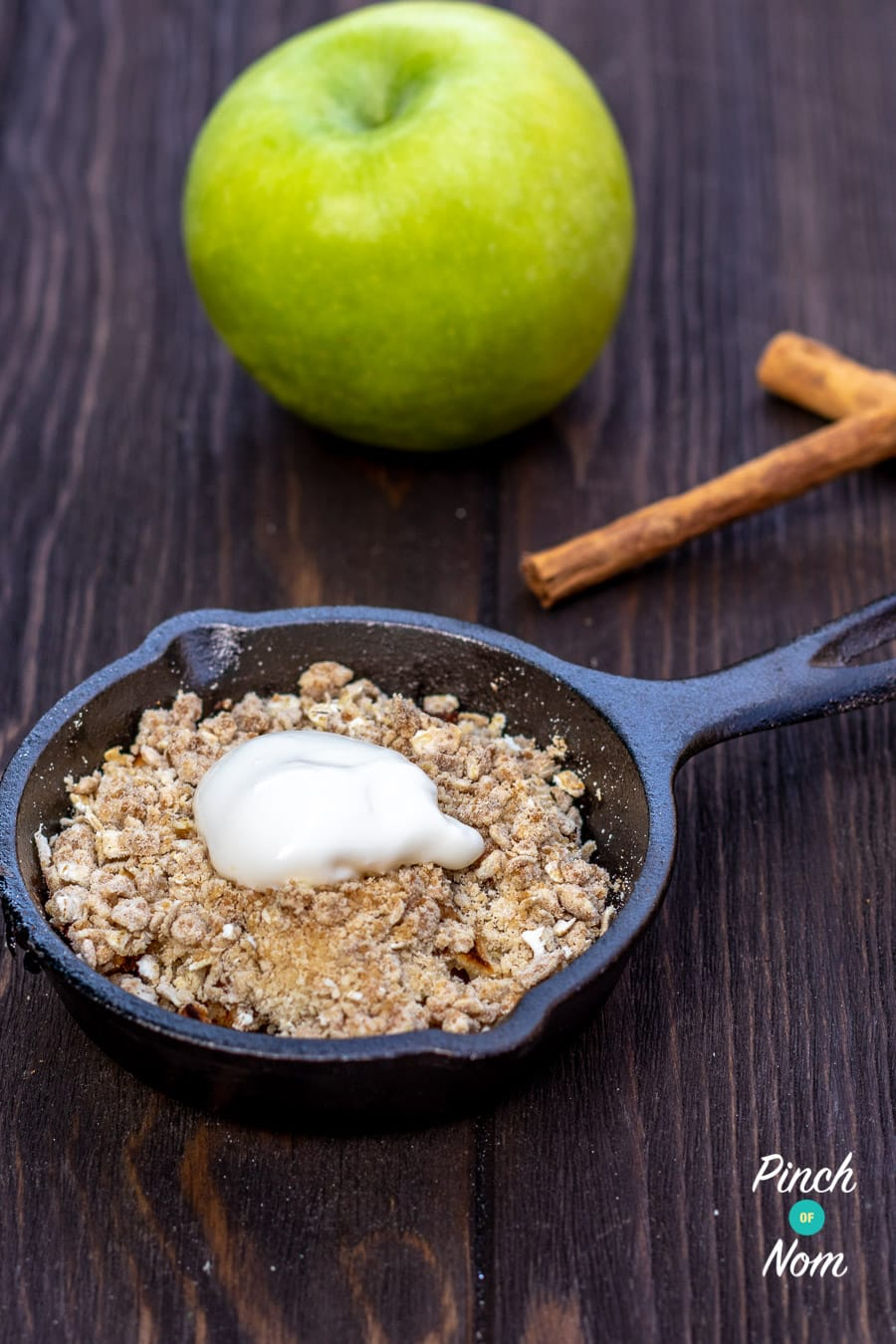 Apple Crumble | Slimming & Weight Watchers Friendly