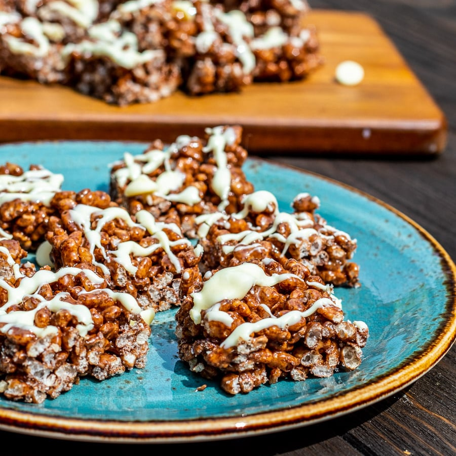 Low Syn Chocolate Crispy Bites- Featured