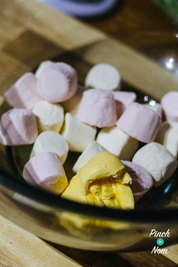 Crispy Marshmallow Snowmen