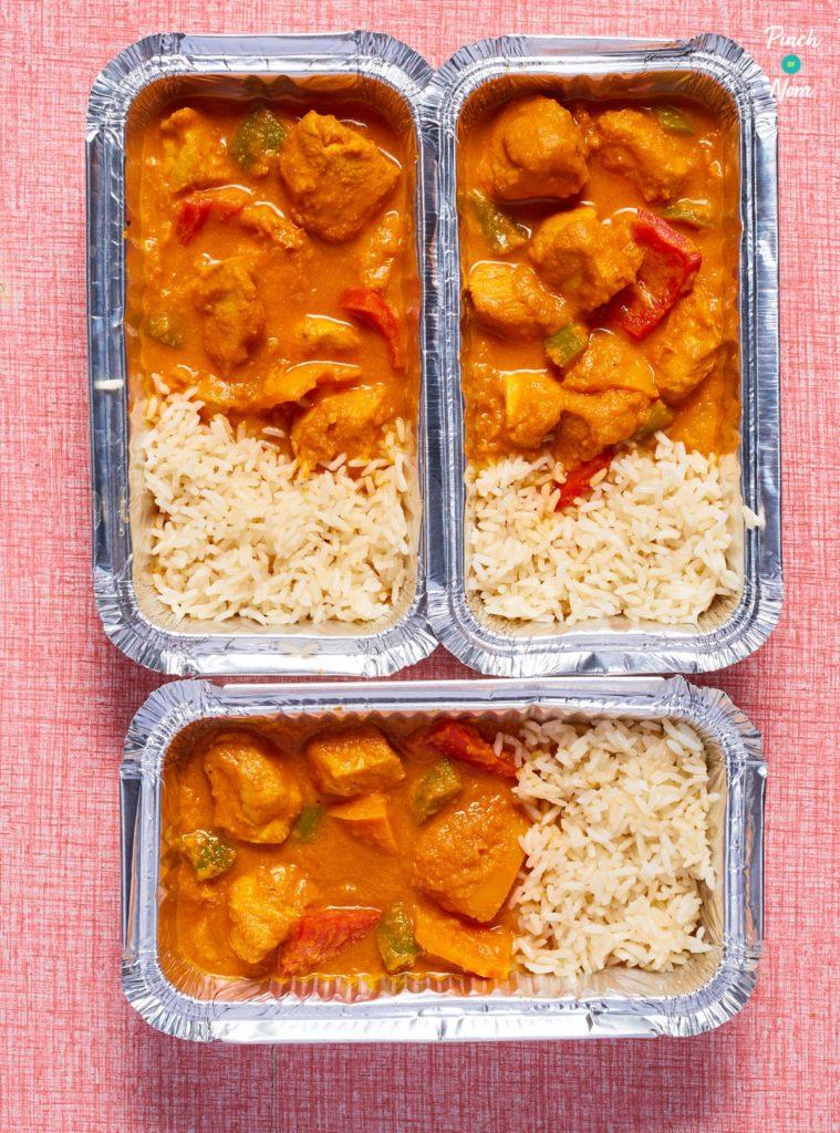 Chicken Korma Curry pinchofnom.com