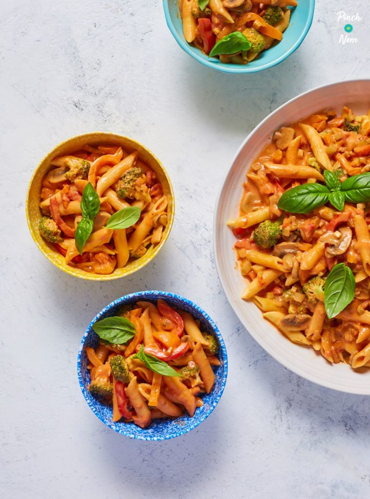 Creamy Tomato Pasta pinchofnom.com