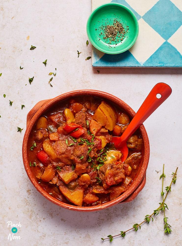 Slow Cooker Balsamic Beef Stew pinchofnom.com