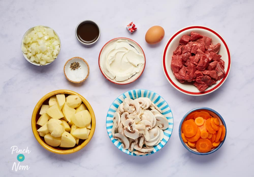 Steak and Pepper Pie - Pinch Of Nom