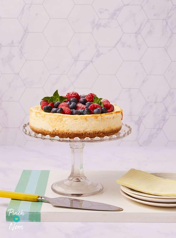 Raspberry and Blueberry Baked Cheesecake pinchofnom.com